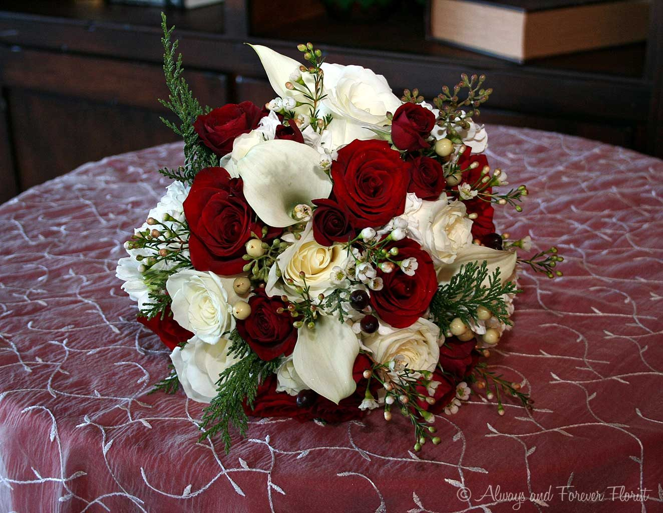 Holiday Season Wedding Bouquet ...